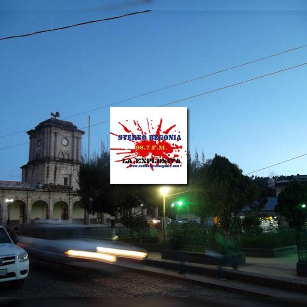 Logotipo de Stereo Begonia La Explosiva 98.7